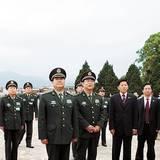 南京军区司令员赵克石参观南昌八一起义纪念馆