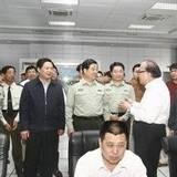 南京军区司令员赵克石中将到淮南调研