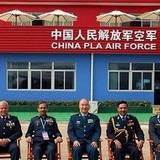 中国空军司令员许其亮会见七国空军领导人