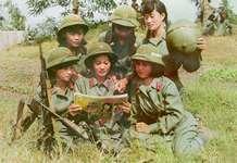 对越反击战中越军轮暴女兵被军发现